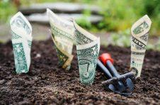 黑石集团表示,受其房地产、私募股权和信贷业务资产出售激增的推动,其第二季度可分配收益较上年同期增长近一倍