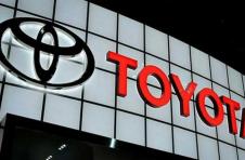 丰田希望12月份弥补因供应中断而损失的大约三分之一的产量