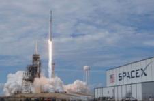 马斯克旗下的SpaceX公司估值超过了1000亿美元